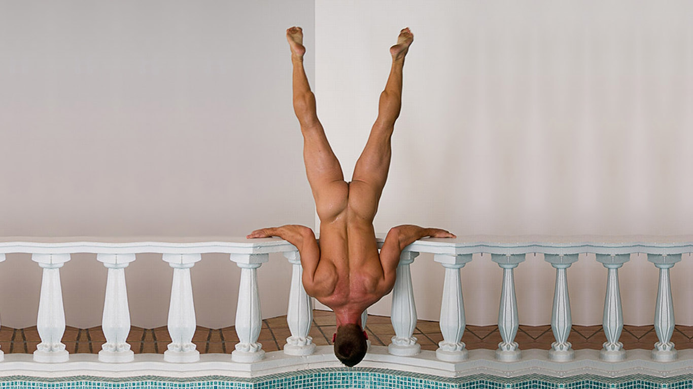 guy-upside-down-wallpaper-1366x768.jpg